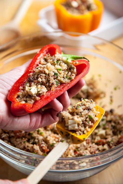 Turkey-and-Quinoa-Stuffed-Bell-Peppers-4381